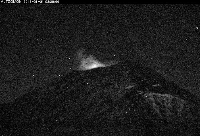 Popocatépetl last night (CENAPRED webcam)