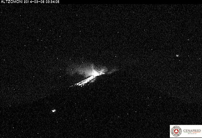 Small explosion at Popocatépetl yesterday morning (CENAPRED)