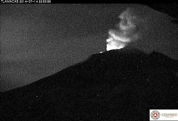 Gloeien bij Popocatépetl vulkaan nachts (CENAPRED)