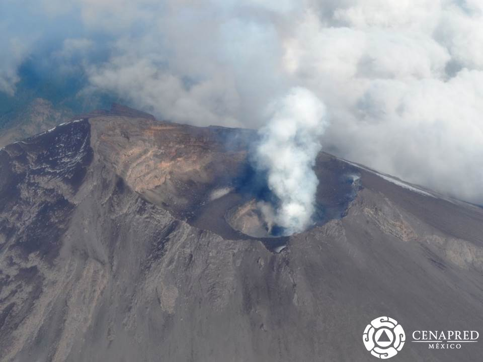The crater of Popocatépetl as observed on 14 Oct (CENAPRED)
