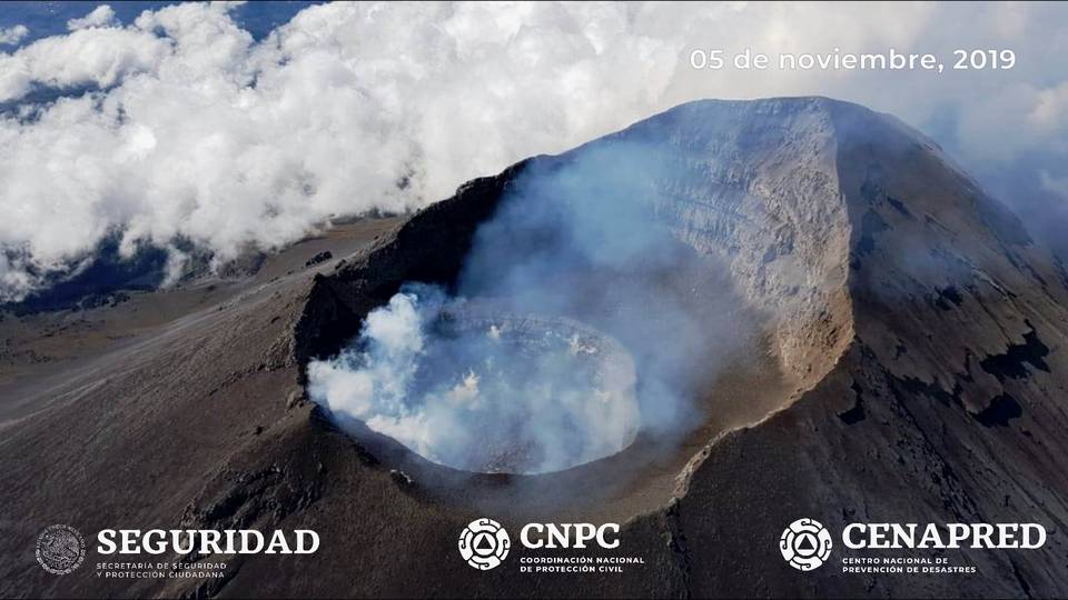 Popocatépetl´s summit crater (image: CENAPRED)