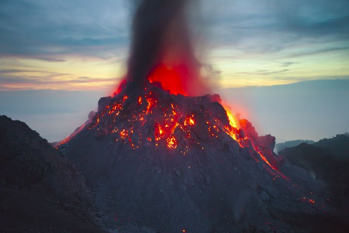 The new lava dome of Paluweh volcano in the early morning of 1 Dec 2012
