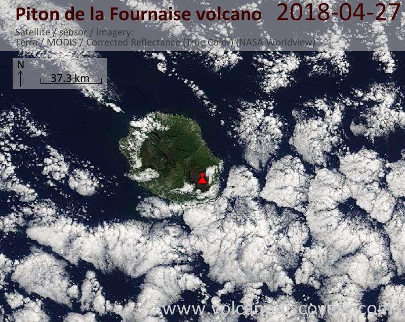 Satellite image of Piton de la Fournaise volcano on 27 Apr 2018