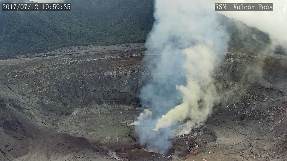 Image of Poás crater on 12 July 2017 with several vents and no more crater lake (image: RSN)