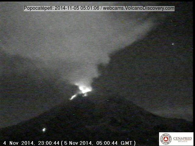 Webcam shot of glowing bombs ejected from Popocatépetl volcano this morning