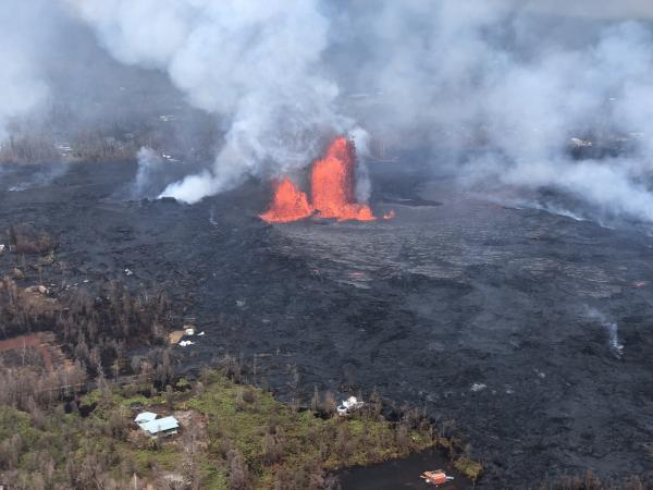 Fissure 8 reactivated on the afternoon of May 28, when, at times, lava fountains were reaching heights of 200 feet and feeding a lava flow that advanced to the northeast. (image: HVO / USGS)