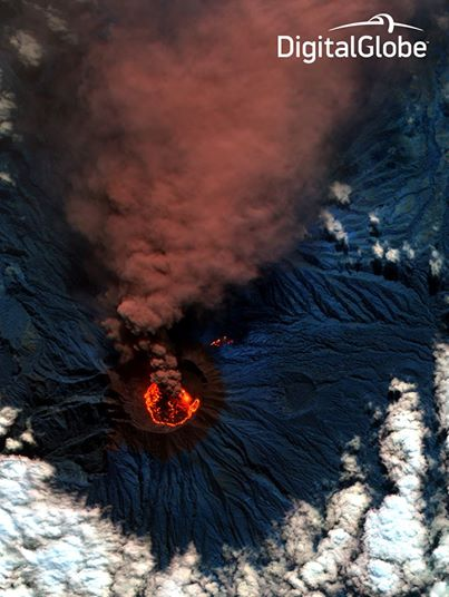 Satellite image of Raung volcano on 20 July 2015