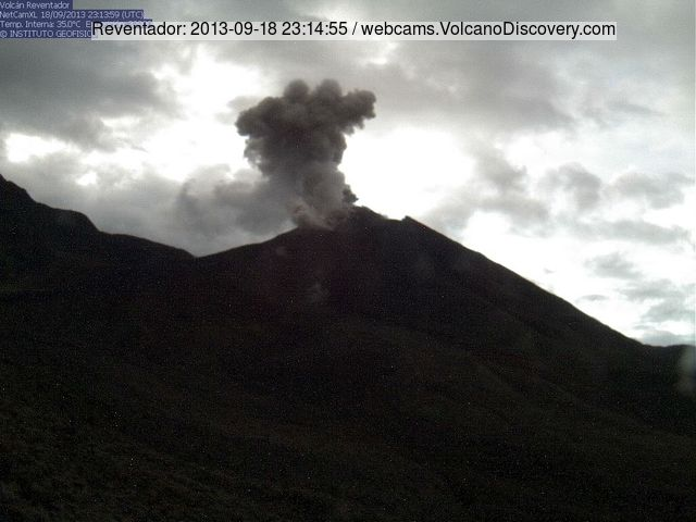 Small ash explosion from Reventador yesterday (IGPEN webcam)