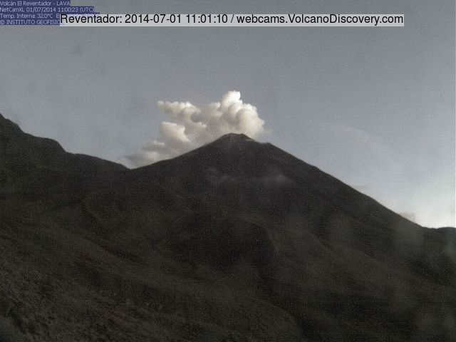 Ash plume from Reventador volcano this morning