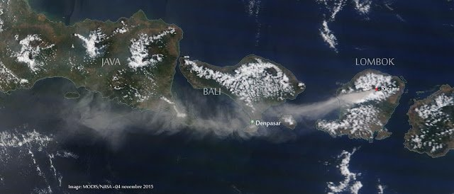 Ash plume from Rinjani volcano drifting over Bali today (MODIS / NASA)