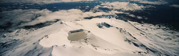 The Ruapehu crater lake during winter. (image: GNS Science)