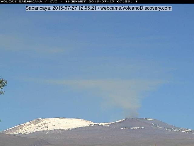 Plume of dilute ash from Sabancaya volcano yesterday (INGEMMET webcam)