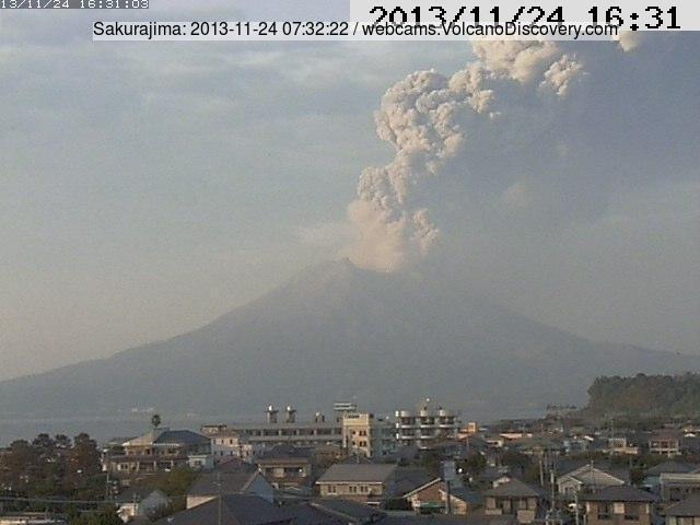 Explosion from Sakurajima this morning (Tarumizu MBC webcam)
