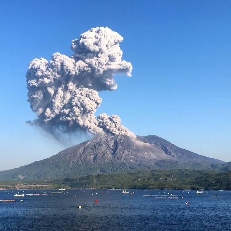 Eruption of Sakurajima volcano this morning (image: Michael Dalton)