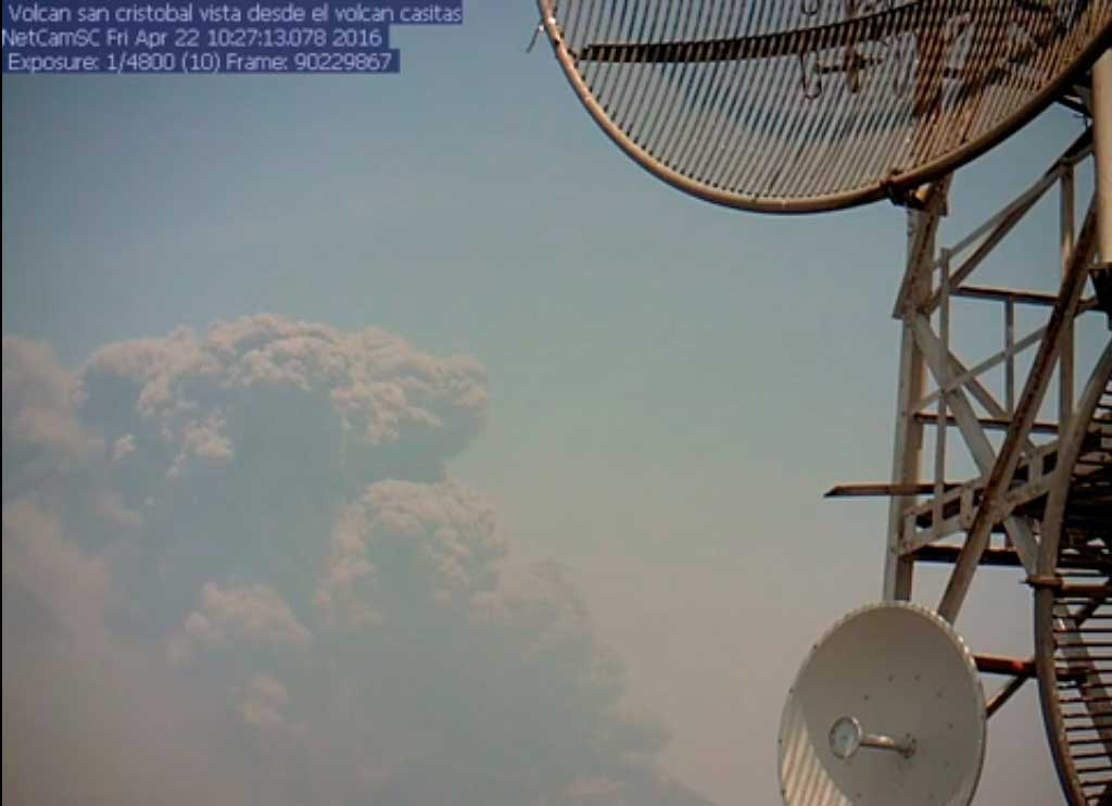 Ash plume from San Cristobal's eruption last Friday (INETER)