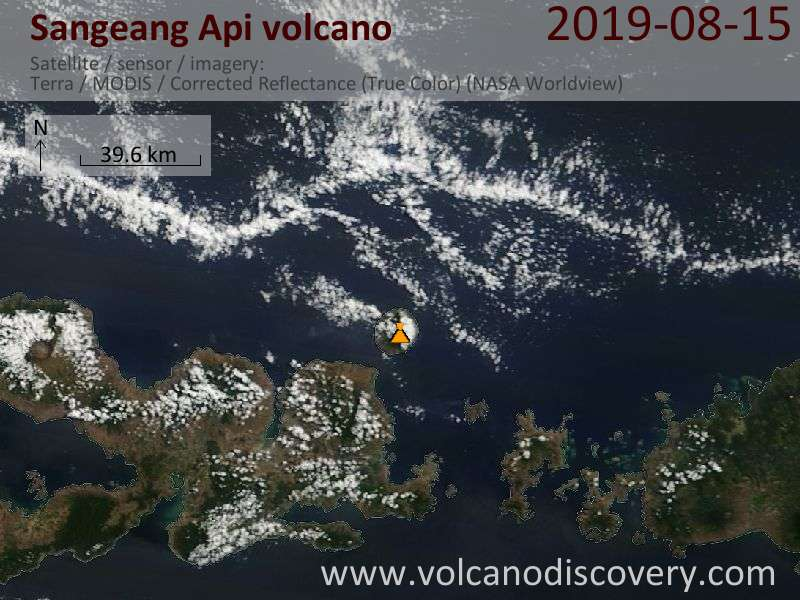 Satellitenbild des Sangeang Api Vulkans am 15 Aug 2019