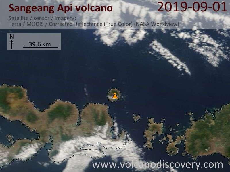 Спутниковое изображение вулкана Sangeang Api  1 Sep 2019
