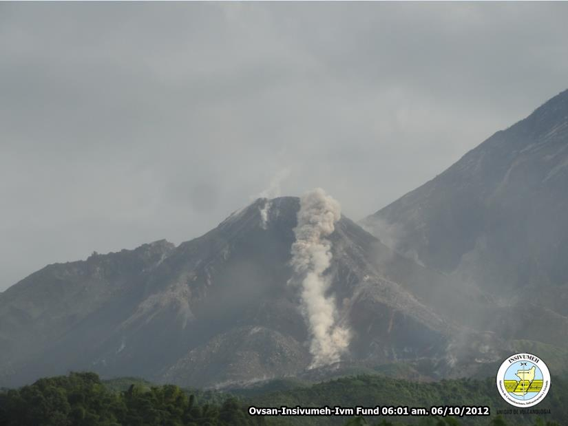The small pyroclastic flow this morning (INSIVUMEH)