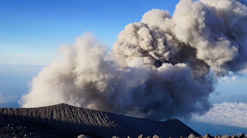 Eruption from Semeru on 11 June 2015 (photo: Aris Yanto)