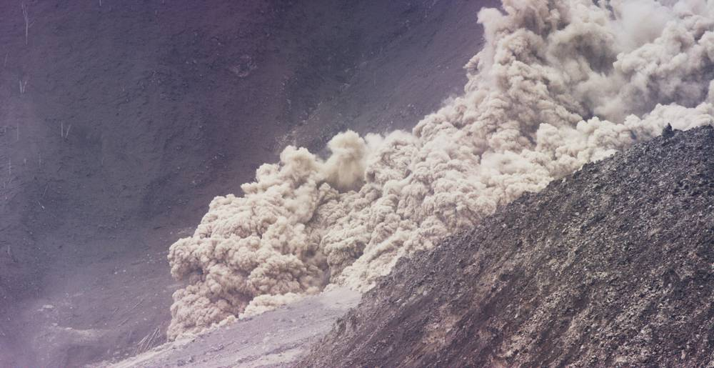 Pyroclastic flow on Sinabung 19 Oct 2014 (photo: Michael Dalton)