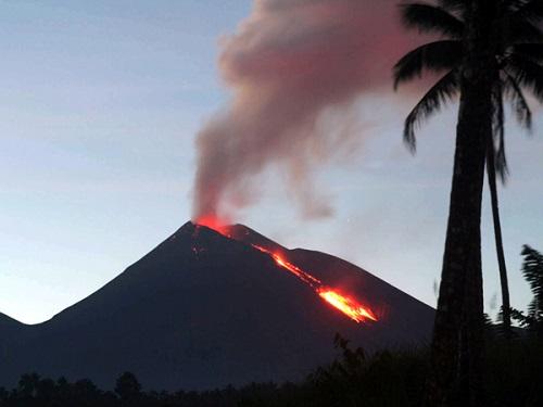 Soputan's activity yesterday (?) (Photo: Ist / Manado Express)