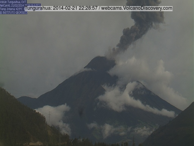 Ash explosion from Tungurahua this morning