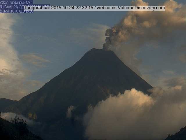 Eruption at Tungurahua volcano yesterday