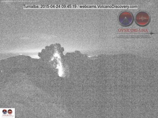 Strombolian explosion at Turrialba this morning