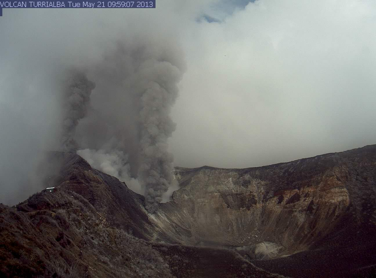 Ash emissions from Turrialba volcano (OVSICORI webcam)